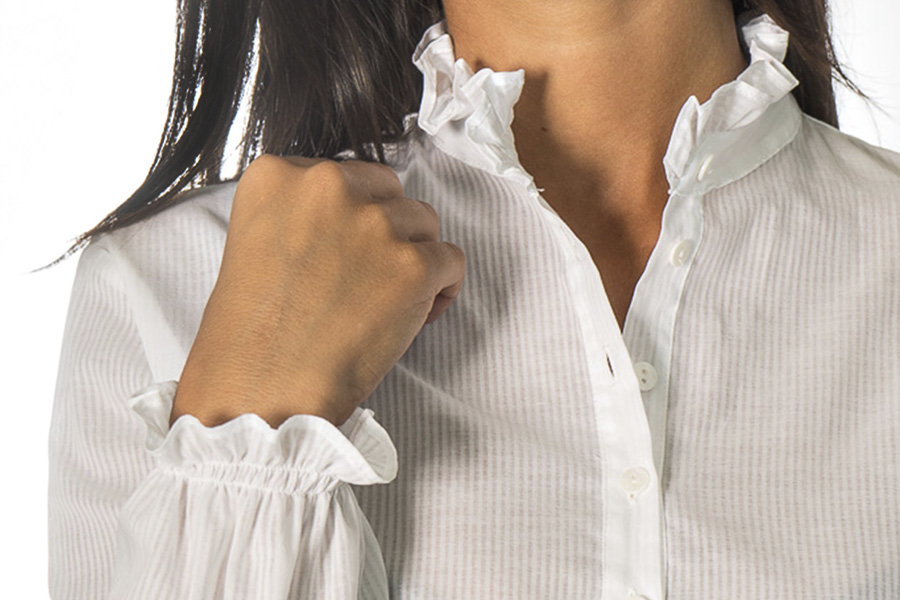 Sophie shirt cuff and collar detail