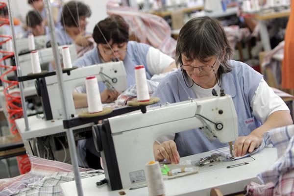 Linee di produzione delle camicie